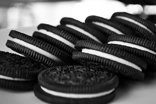 Ученые: шоколадное печенье Oreo вызывает наркотическую зависимость